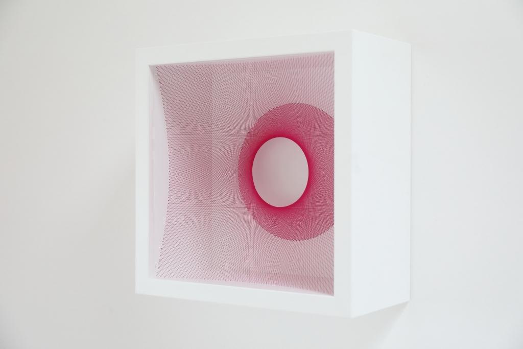 wireart, wireartist, wireframe, stringart, stringarts, lineart, concretekunst, mathart, strings, modernart, dutchart, minimalism, art, minimalist, dutch, lines, fabricart, textileart, textielkunst, contemporaryart, lines, pink art